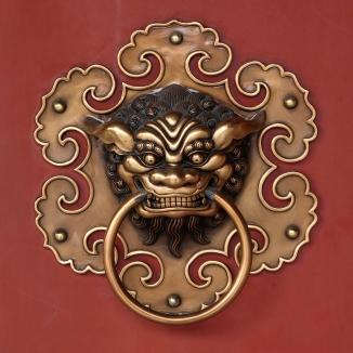 Doorknob_buddhist_temple_detail_amk